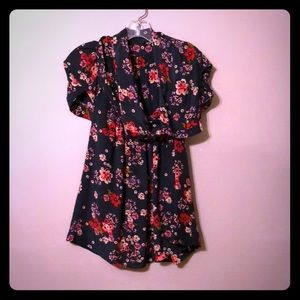 Anthropologie Odille floral silk blouse. XS